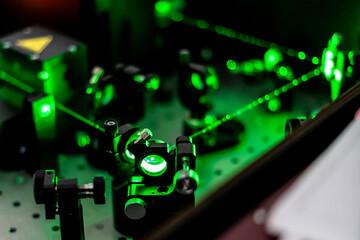 240_F_249313867_brPIDeOAfCc7AWF2gfDHoQZ2L69S9q6a Jakiej klasy jest Twój laser? Co należy wiedzieć dla własnego bezpieczeństwa