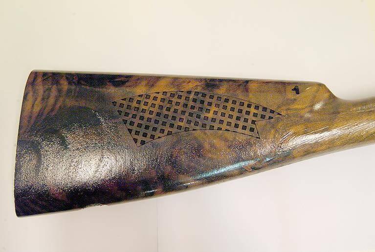 LASIT_Weapon-wooden-stocks-markings Dlaczego warto śledzić swoje produkty? Podrabianie i upadek świadomości marki
