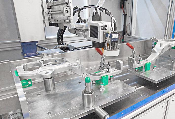orione-processo-marcatura2 Śledź duże części w trakcie pracy maszyny